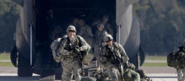 Trupele americane sosind in Europa