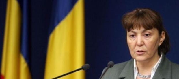 Monica Macovei cere demisia lui Toni Grebla