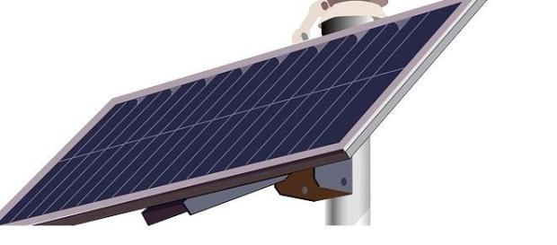 Placas solares sobre farolas