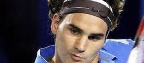 Federer crashes out in Melbourne to Seppi