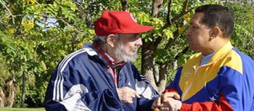 MM. Fidel Castro et Hugo Chavez
