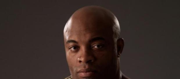 Anderson Silva vai voltar a lutar