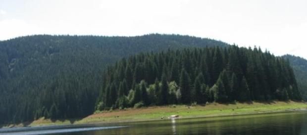 In timpul liber, in Ardeal la Lacul Belis