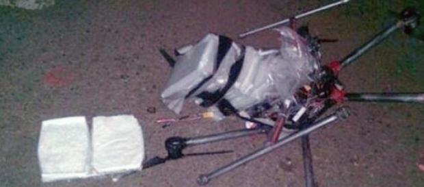 Le drone et la drogue retrouvés au Mexique.