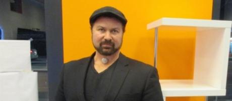 Aryeh Rifkin is the founder of SocialDashboard.com