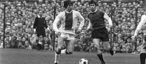Ajax-Feyenoord, la classica del calcio olandese