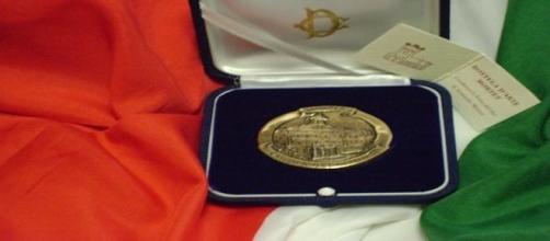 La medaglia d'oro, premio per Mino Reitano