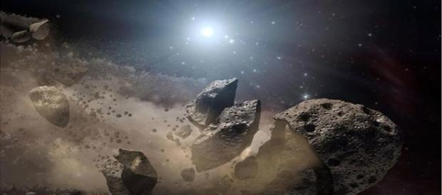 Asteroide 2004BL86, descubierto en enero de 2004