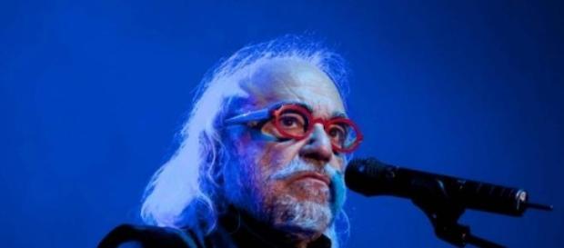 Demis Roussos, cantaret grec de muzica usoara