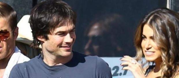 Ian muy feliz con la sorpresa de su novia