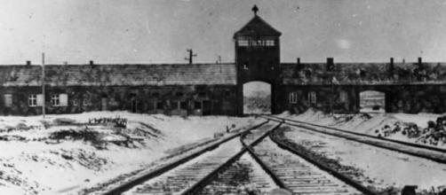 Il 27 gennaio '45 Auschwitz fu liberato dai Russi