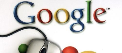 La organización Wikileaks acusa Google