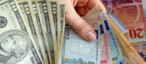 Franc elvetion vs euro. Cine a castigat razboiul?