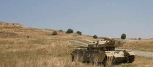 Tank israeliano sulle alture del Golan