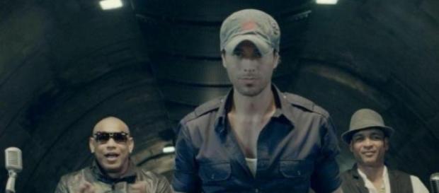 """Enrique Iglesias acusado de plagio por """"Bailando"""""""