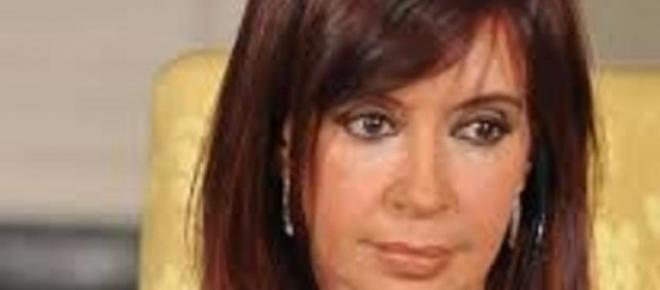 Presidente da Argentina resolve dissolver Secretaria de Inteligência que investigava a morte de promotor