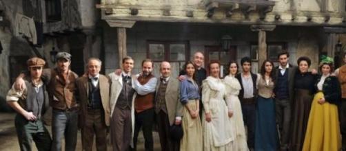 Il cast al completo della telenovela Il Segreto