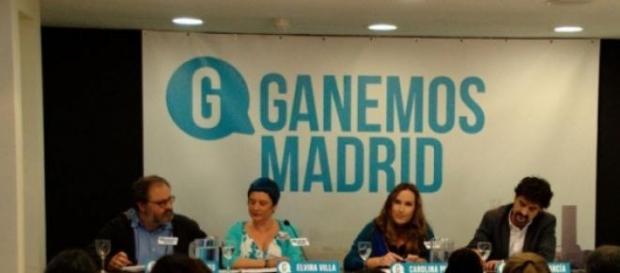 Portavoces de Ganemos Madrid en rueda de prensa