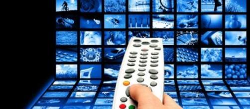 Programmi tv stasera Rai-Mediaset 4 gennaio 2015