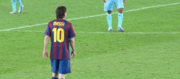 Messi conquista récords aun fuera de las canchas