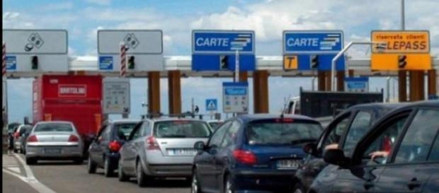 Pedaggi autostradali in aumento (Fonte Ansa)