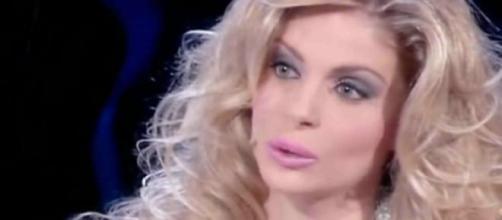 Gossip news, Francesca Cipriani, molestie per lei?