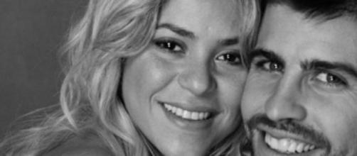 La cantante Shakira y el jugador de fútbol Piqué