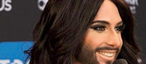 Sanremo 2015 Conchita Wurst  e Charlize Theron