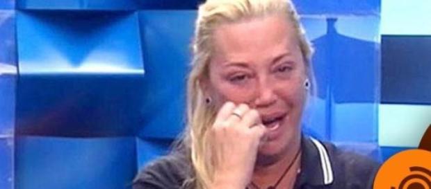 Belén Esteban lloró al ver el ánimo de Andreíta