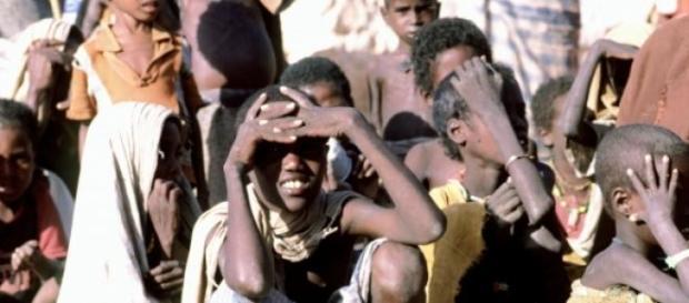 Des enfants face à la famine en Somalie