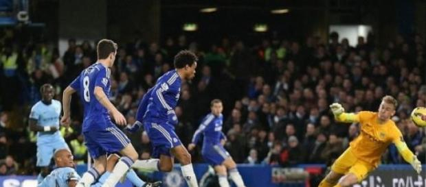 Loic Remy wyprowadza Chelsea na prowadzenie