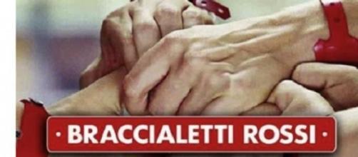 Repliche Braccialetti Rossi e Senza Identità