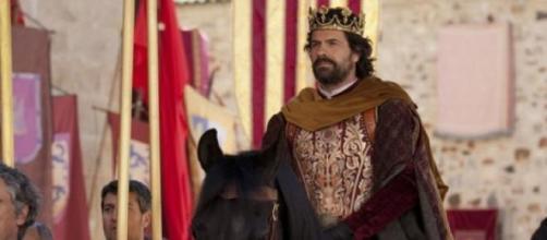 Rodolfo Sancho, interpreta al rey Fernando