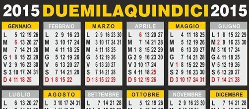 Calendario Anno 2015.Calendario 2015 Anno Avaro Di Ponti Lavorativi E Vacanze