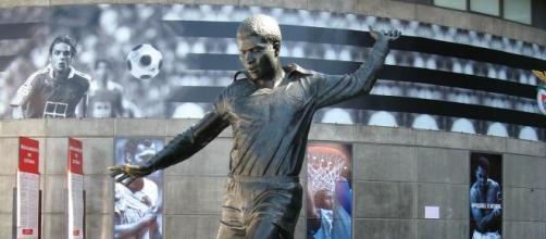 Estátua Eusébio (foto P. Fernandes)