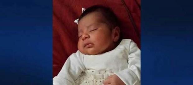 California: bambina trovata morta in un cassonetto