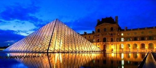 Museu do Louvre, o museu mais visitado em 2014.