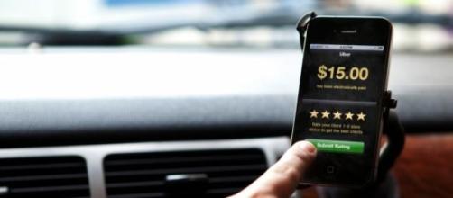 Uber faz concorrência aos taxistas