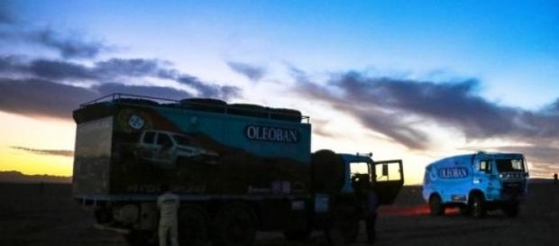 Camiões parados na Mauritânia