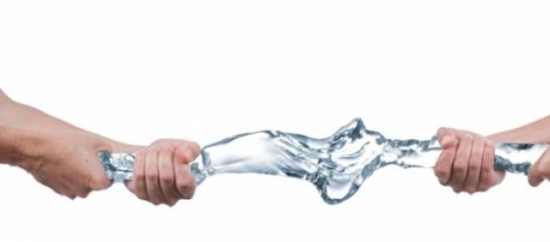 Supravieţuirea corpului fără apă şi mâncare
