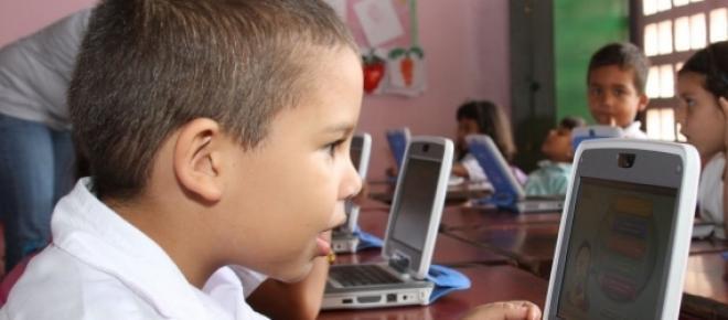 No es bueno que niños o jóvenes usen computadoras