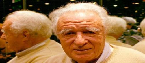 El periodista y escritor Julio Scherer García