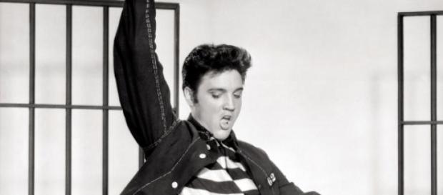 Elvis Presley faria quinta-feira 80 anos