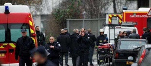 Parigi: strage giornale satirico Charlie Hebdo