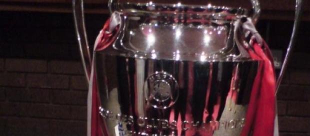 PSV ganhou a Taça dos Campeões em Estugarda