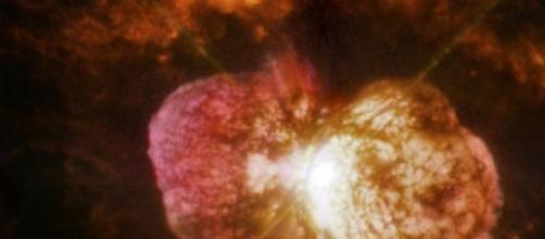 Fotografía de Eta Carinae (Fuente: La NASA)