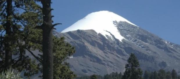 Le sommet du Pic d'Orizaba s'élève à 5636 mètres.