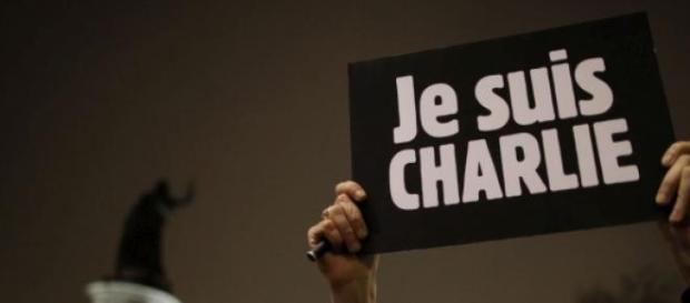 """"""" Je suis Charlie"""" - O mundo está terrificado"""