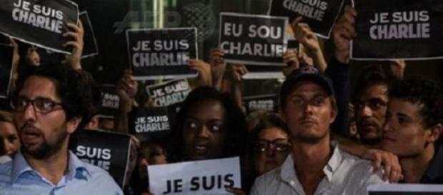 Rassemblement  à Sao Paolo (@afpfr)