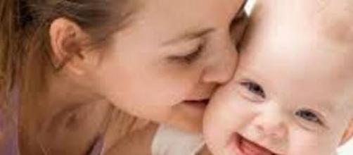 Parto normal, mais benefício para a mãe e o bebê.